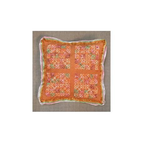 Auumn Cushion-Leaves